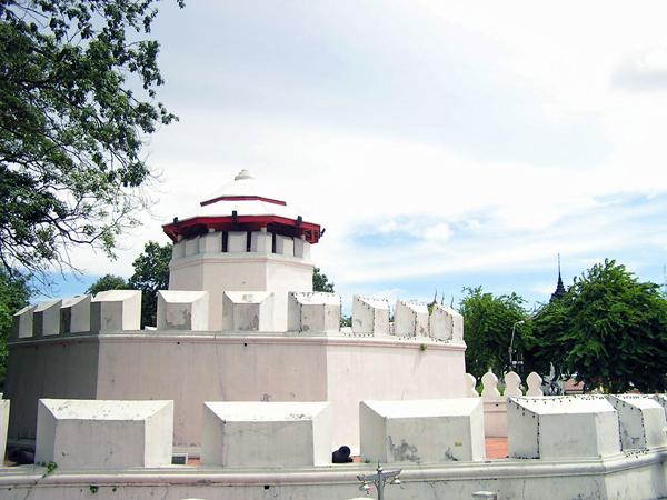 Mahakan Fort - ป้อมมหากาฬ  BaanBoran.net